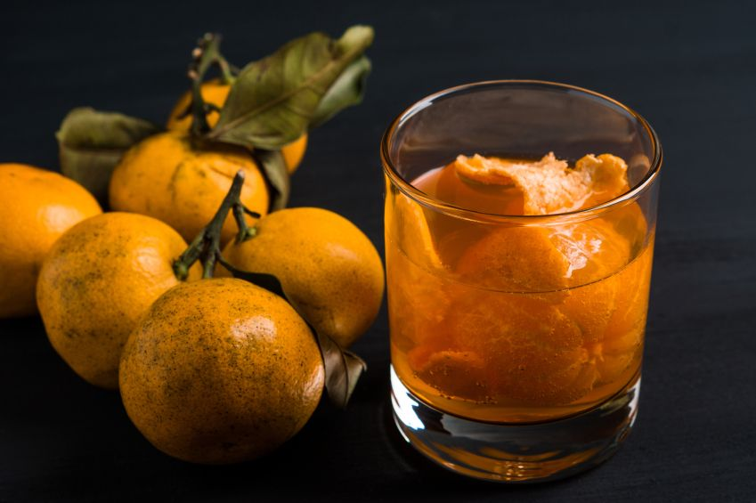 Make winter taste a whole lot cheerier with these 6 citrus cocktails.