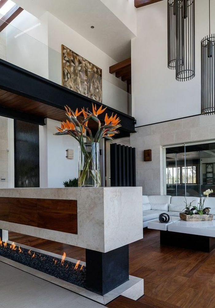 salon de luxe, deco salon, cheminée moderne en marbre blanc ...