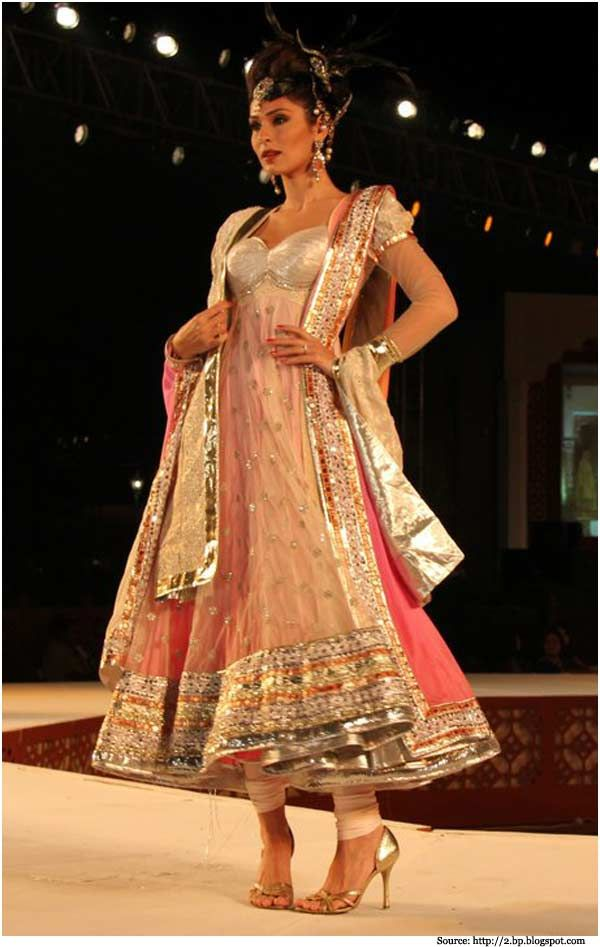 Neeta Lulla Collections: Anarkali Suits, Anarkali Dresses ...