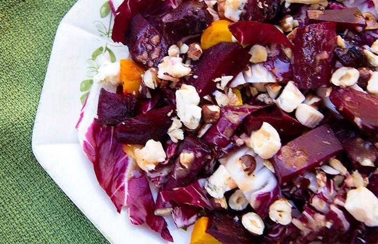 Beet, Radicchio, & Gorgonzola Salad With Blood Orange Vinaigrette – Italian Food Forever