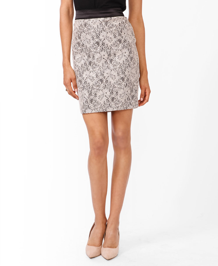 #Forever21                #Skirt                    #Contrast #Waist #Lace #Skirt                       Contrast Waist Lace Skirt                           http://www.seapai.com/product.aspx?PID=104783
