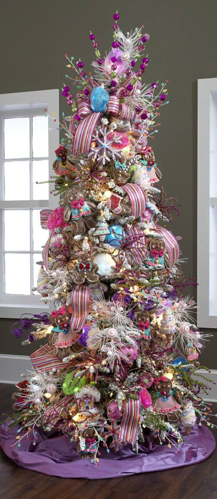 Christmas Tree ● Pink & Purple Love these gingerbread men ornaments