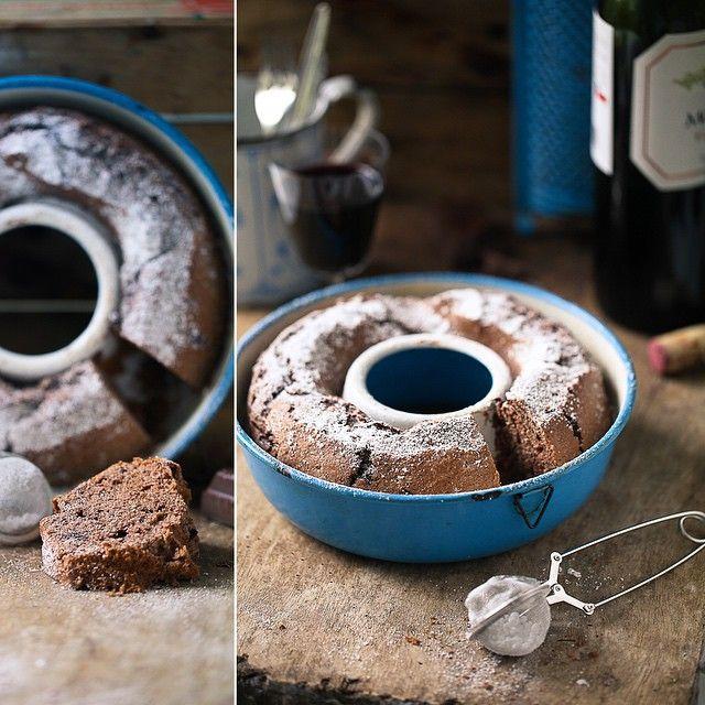 Rezept für Rotweinkuchen mit Schokolade / Backrezept / Rotweinrezept / Backen mit Rotwein / red wine cake recipe