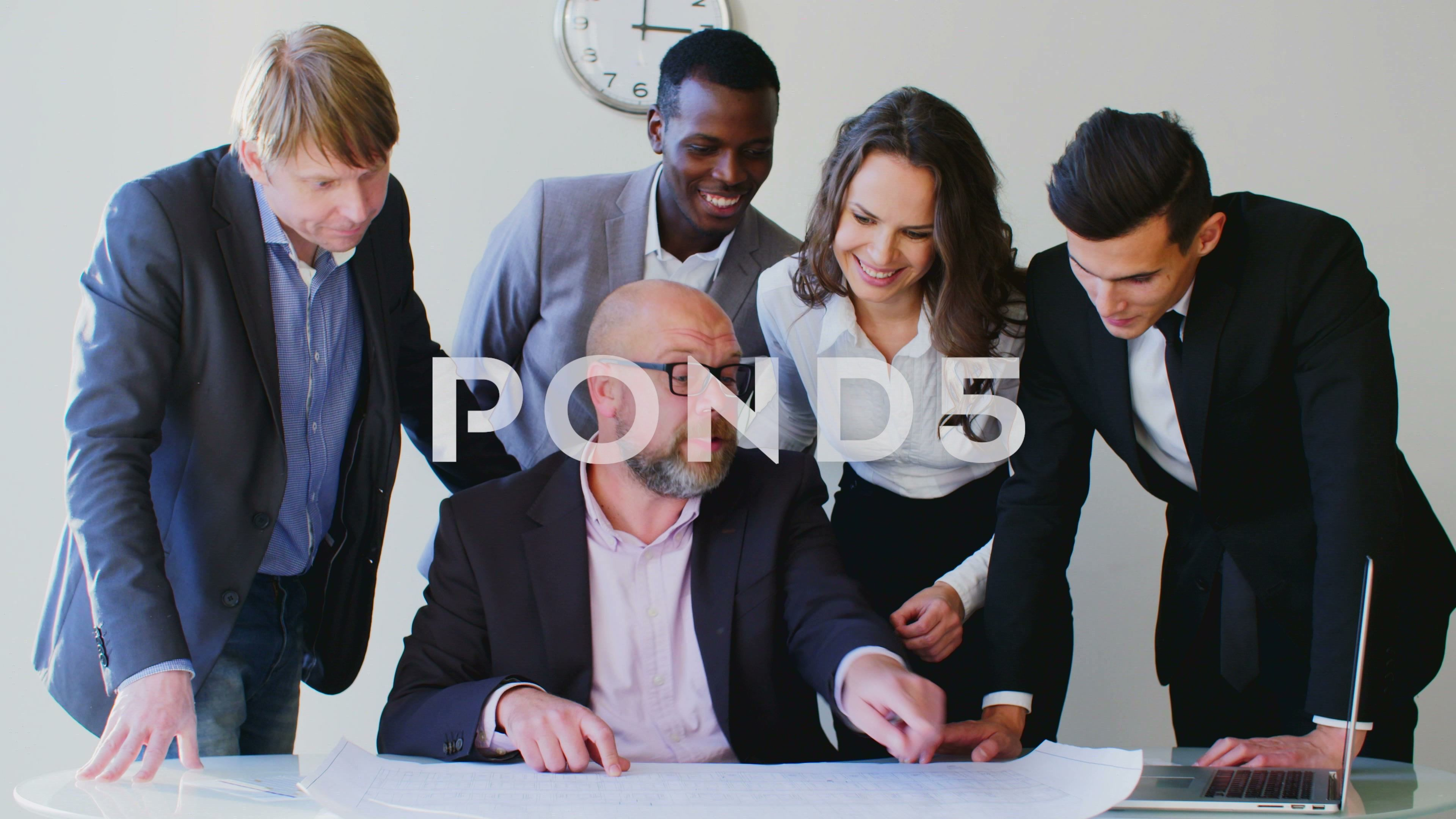 Business People Brainstorming Ideas In A Modern White