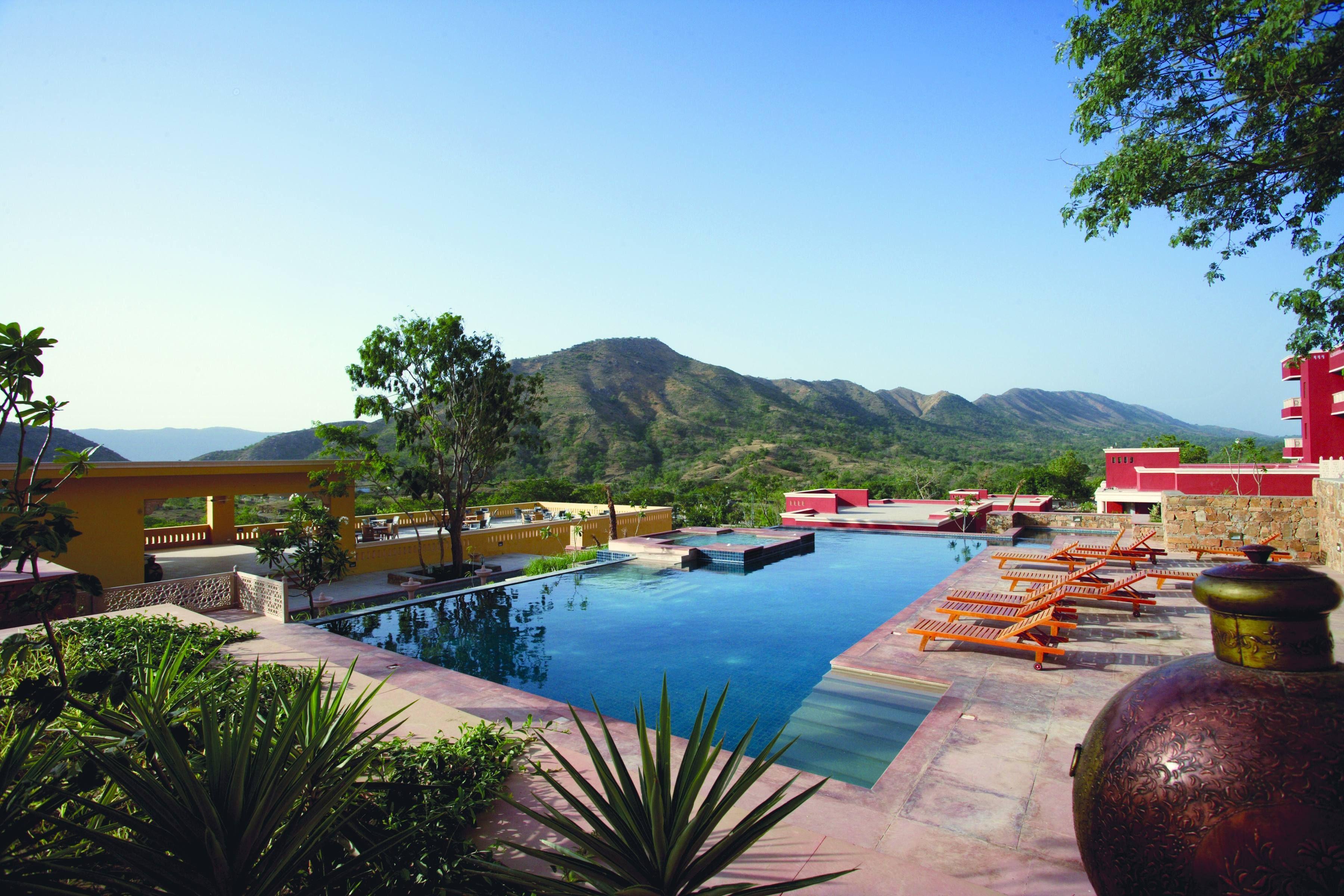 For A Real Splash Of Wow Resort Grandeur Outdoor