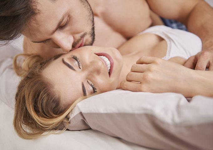 Секс во время менструации онлайн видео ничем