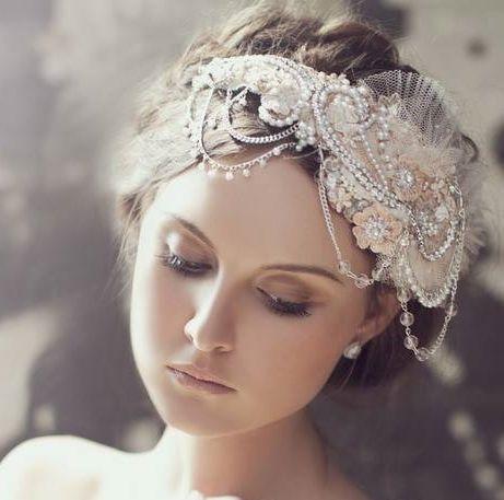 Romantic vintage style bridal headpiece.