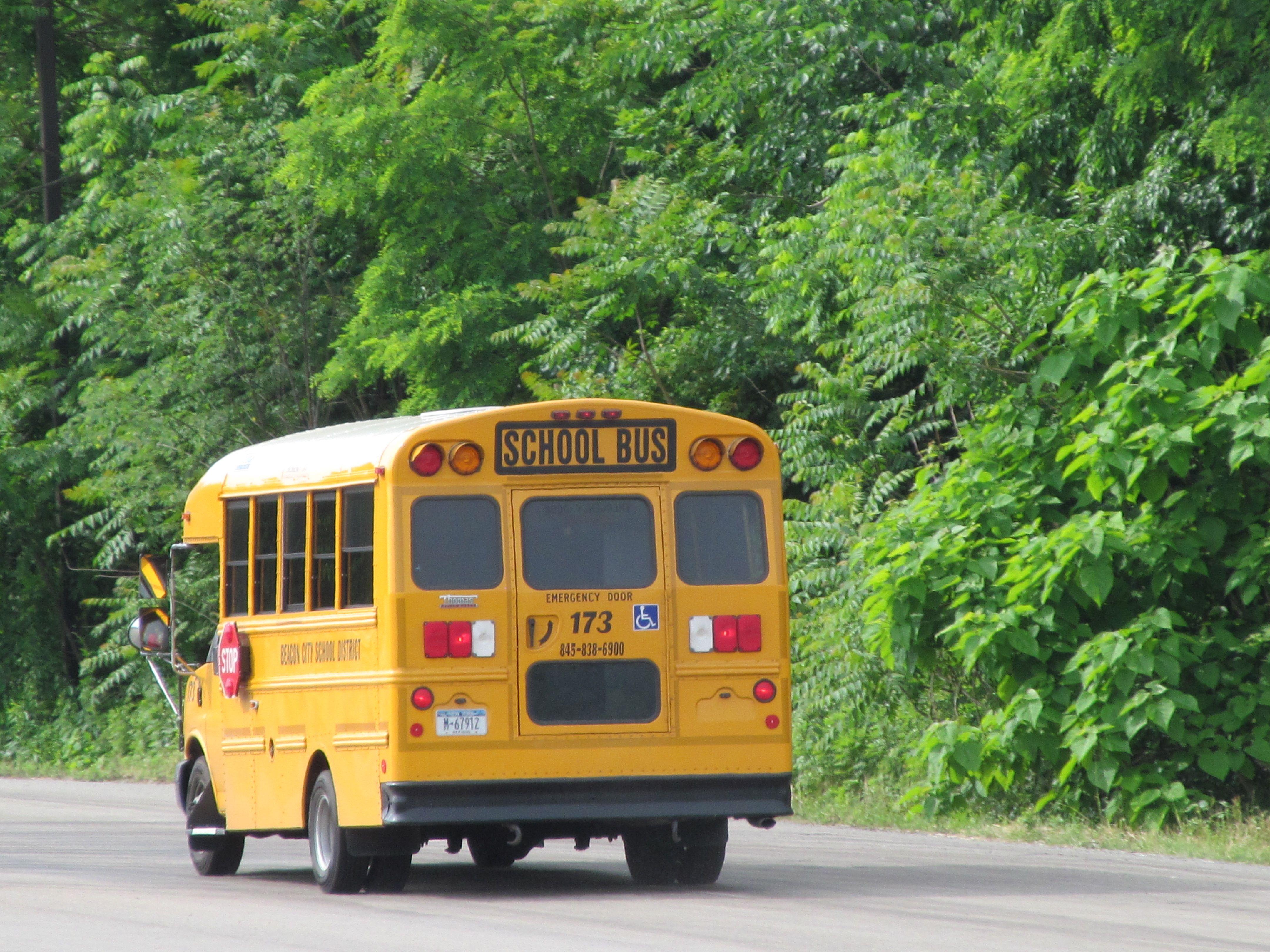 Beacon's 173 Empty road, School district, Bus