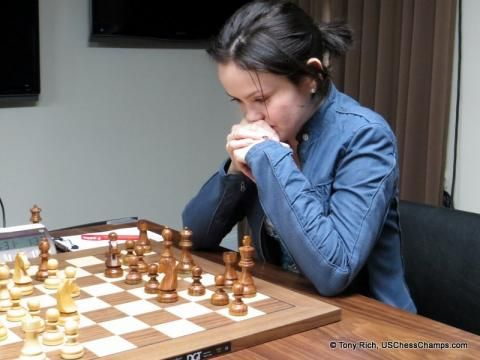 Viktorija Ni learned chess at the age of 7 from her mother, Polina, who is an Expert. She earned the title of Woman FIDE Master (WFM) in 2007 and the Woman International Master (WIM) title in 2010, earning her final norm at the 19th Chicago Open.