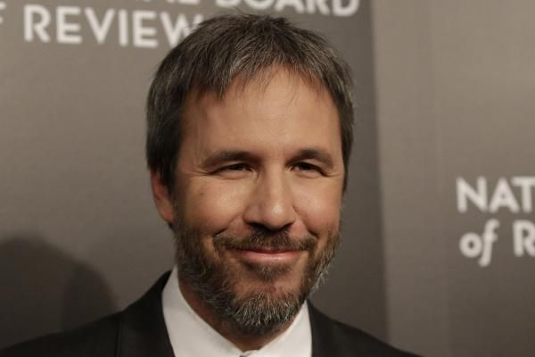 "Wade Sheridan LOS ANGELES, Dec. 22 (UPI) -- Director Denis Villeneuve is being eyed to helm an upcoming reboot of ""Dune"" for Legendary."