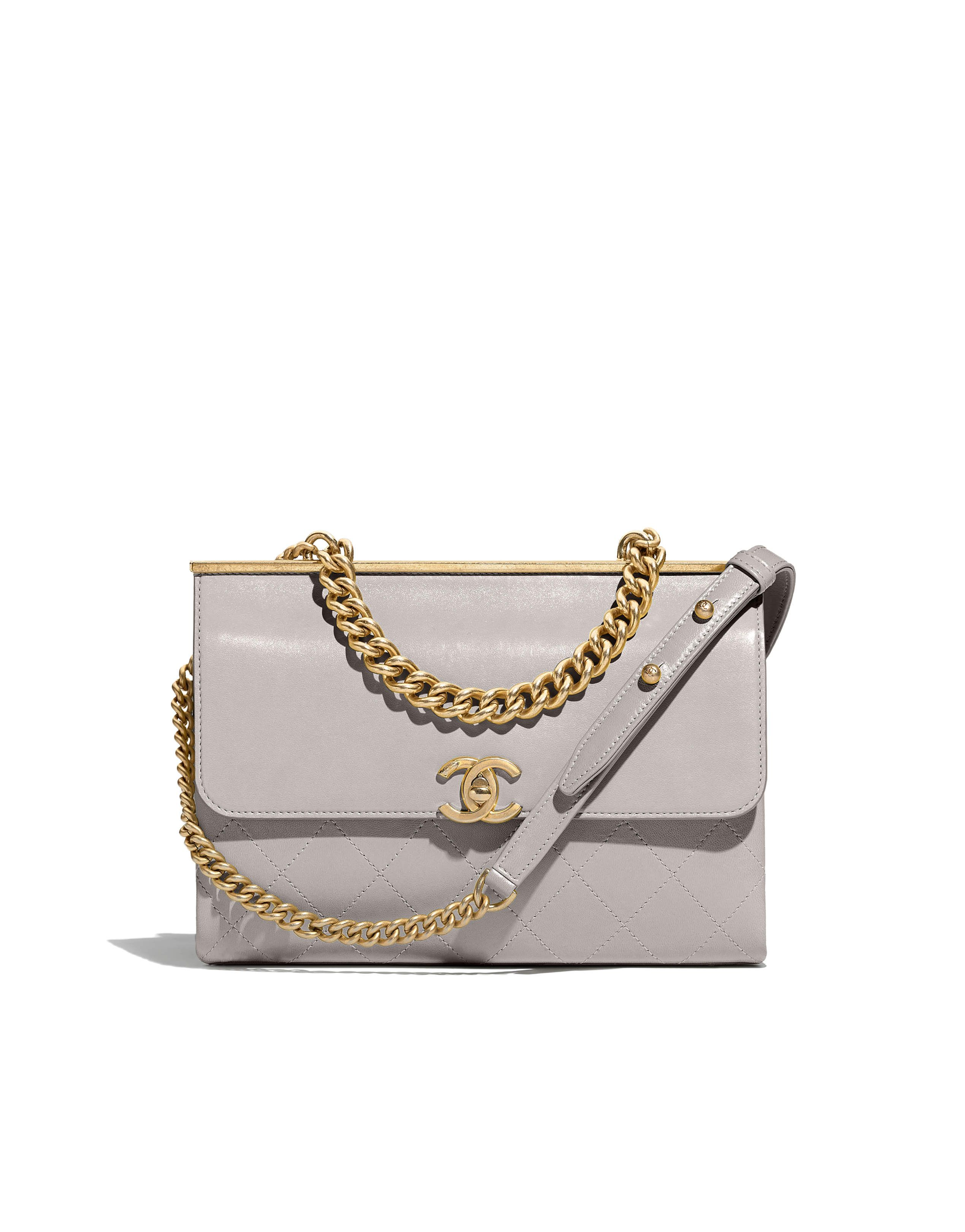 c3ba38f76c17 The Spring-Summer 2018 Pre-Collection Handbags collection on the CHANEL  official website