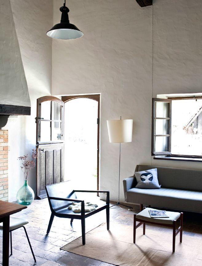 Blick Auf Rustikales Wohnzimmer Mit Modernen Möbeln