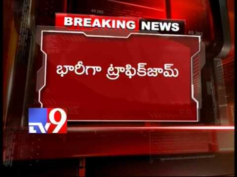 6 injured in road accident on NH9 near Narketpally - Tv9