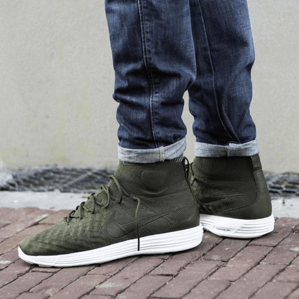 Nike Lunar Magista II Flyknit Shoes  81fa1825cf