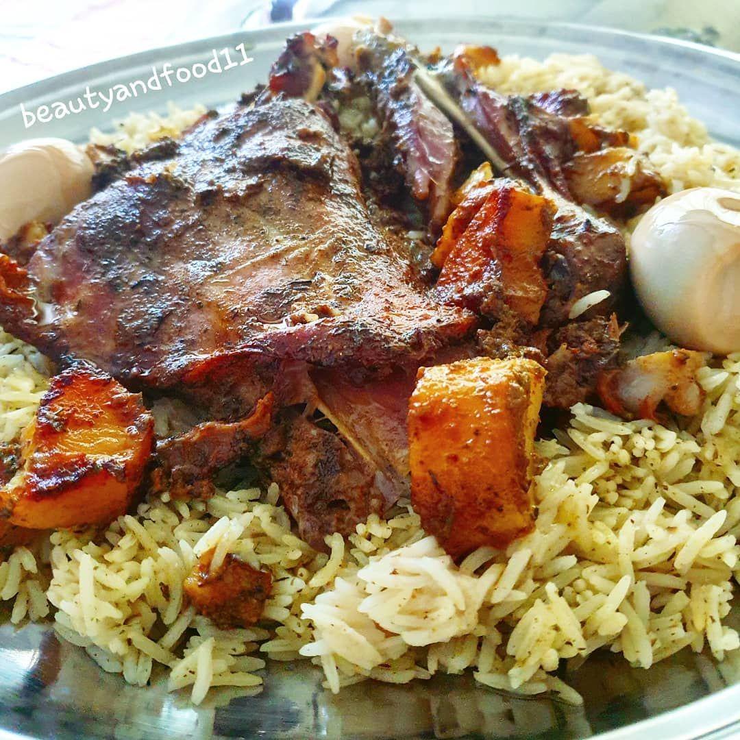 منو يحب اللحم المشوي بنحتاج كتف لحم استخدمت لحم هندي والافضل لو عندج كتف ذبيحه محلية نعيمية لتتبيلة ملح وفلفل اسود ار Food Meat Pork