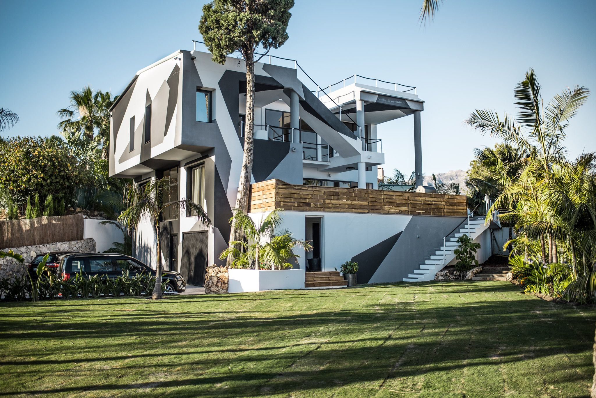 Camouflage Dream House Jon Olsson Is Selling Casa Camo In Marbella For 1 7m Euro Steemit House Dream House Architecture House