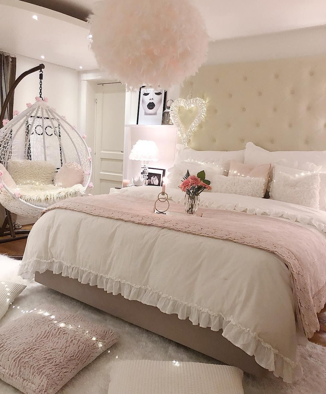 How Gorgeous Is This Photo From Homebyis Via Modernbedspace Luxurious Bedrooms Luxury Bedroom Sets Woman Bedroom