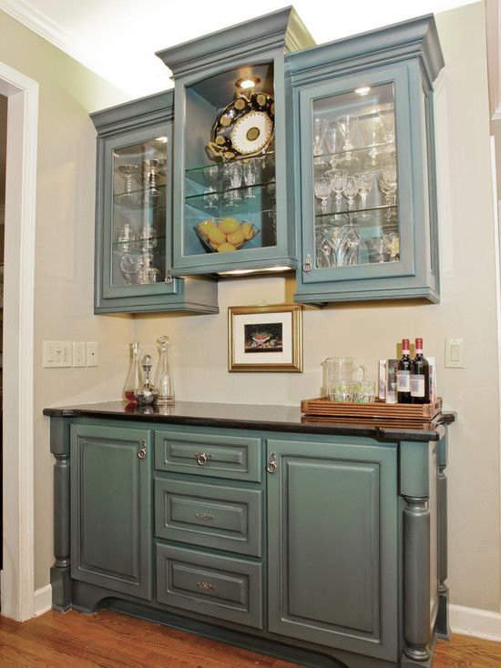 Best Kitchen These Cabinets Are Painted A Solid Color With A 400 x 300