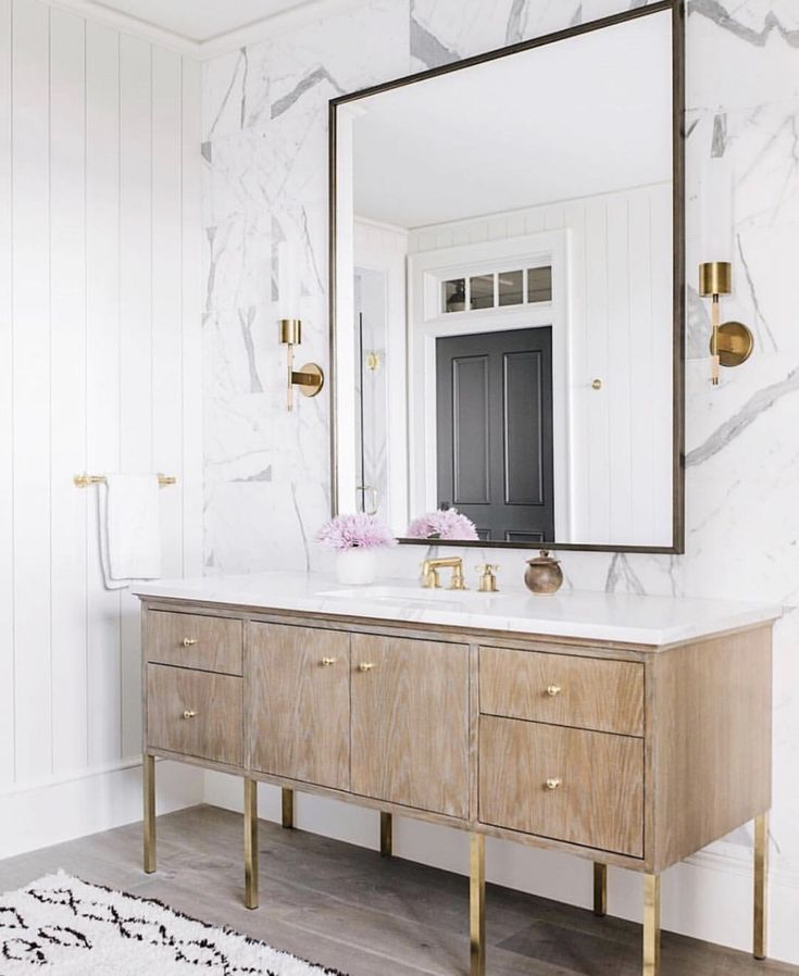 Light Wood Bathroom Vanity With Oversized Vanity Mirror