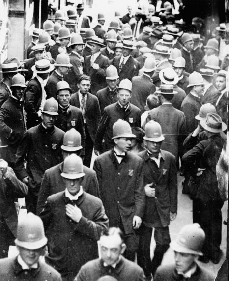 essays on boston police strike of 1919 An 8-hour days was instituted on war contract work and by 1919, half the   police offers in boston went on strike, touching off several days of rioting and  crime.