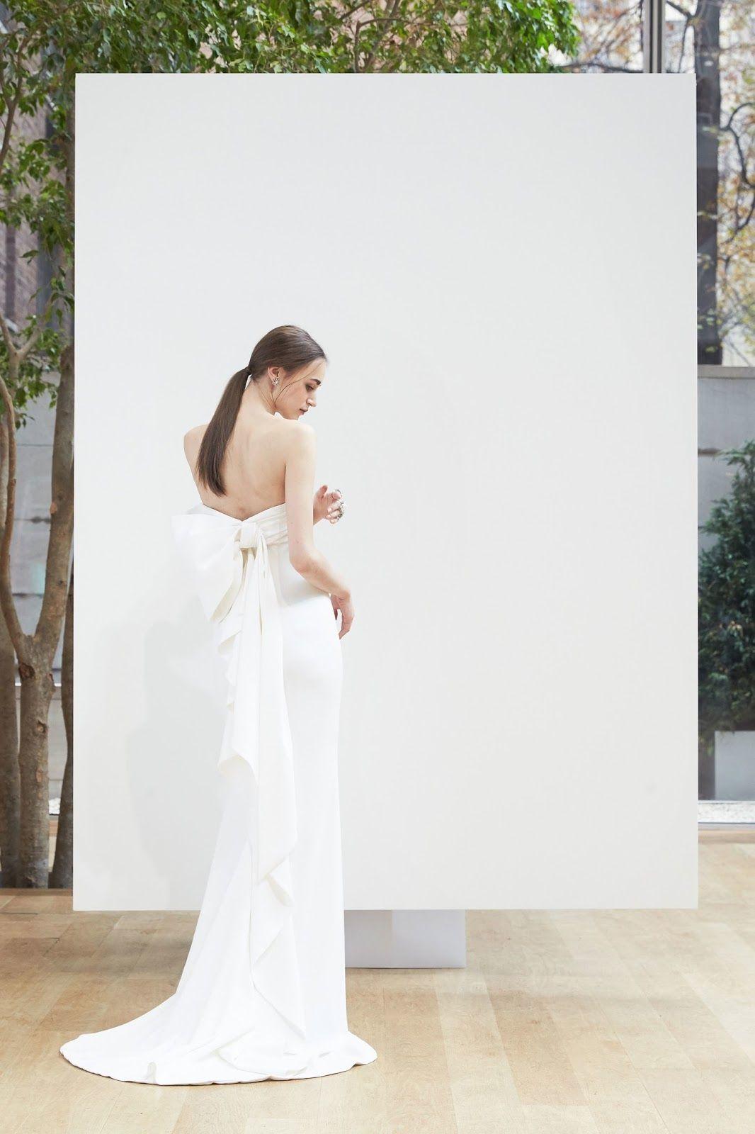 ZsaZsa Bellagio – Like No Other: Exquisite Bridal Gowns: Oscar de la ...