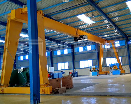 10 Ton Gantry Crane Indoor Outdoor Applications Efficient Flexible In 2020 Gantry Crane Steel Structure Cranes For Sale