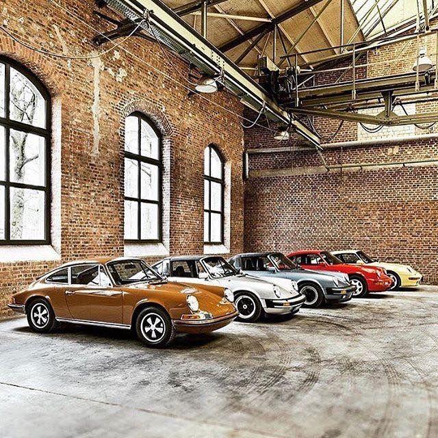 Cars Collector Garages: Porsche Old Skool