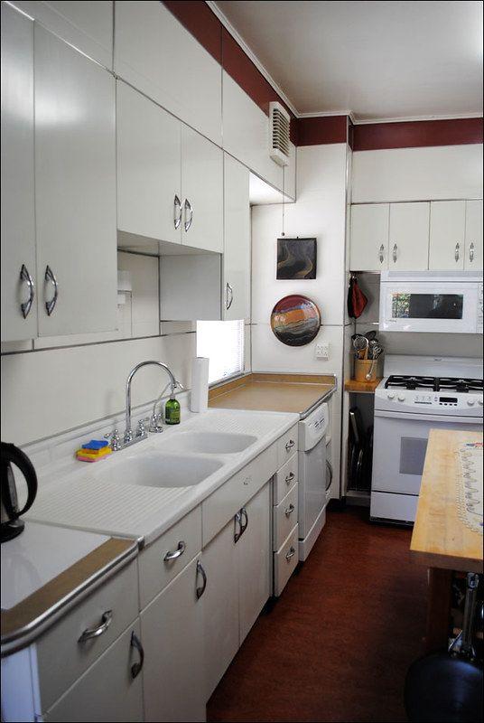 Mid Century Youngstown Kitchen in 2020 | Metal kitchen ...