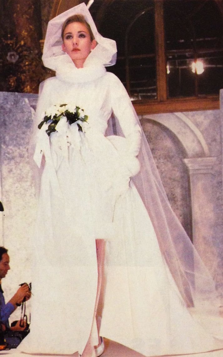 Christian Dior A W 1987 White Short With Long Sleeves Bridal
