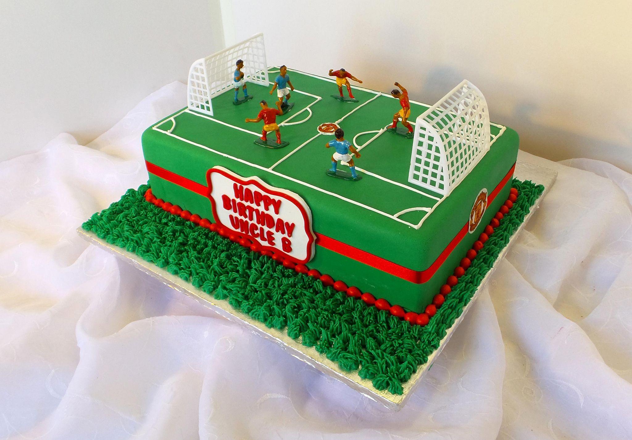 Soccer Field Shaped Birthday Cake Soccer Birthday Cakes Soccer Cake Cake