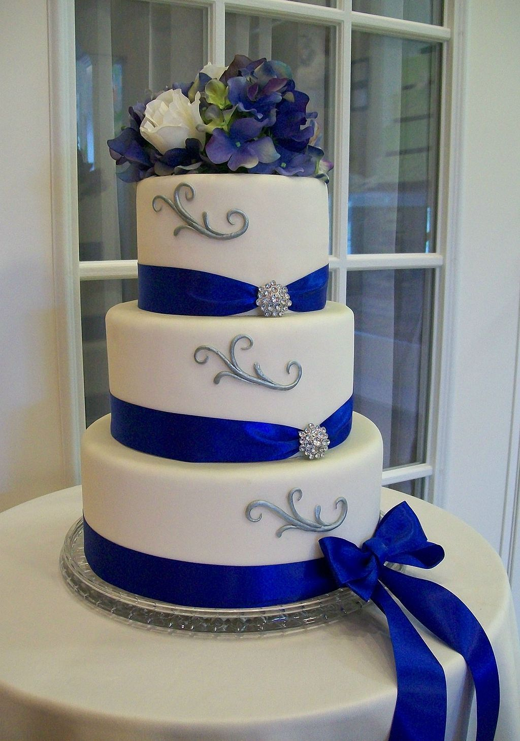 Cool 15 Beautiful And Elegant Wedding Blue And Silver Decoration