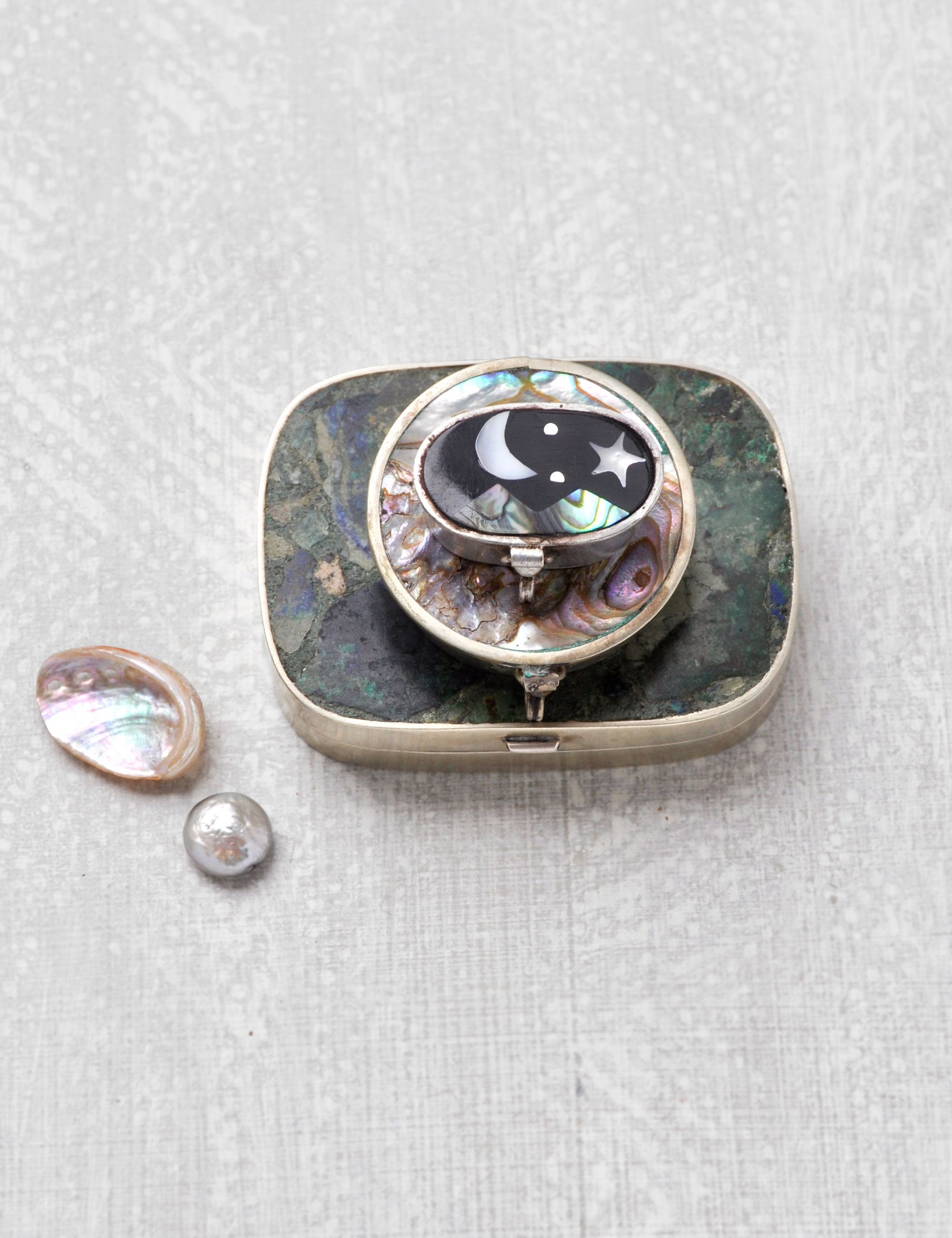 Vintage Silver Toned Cuff Links Oval With Abalone Shell Teardrop Used