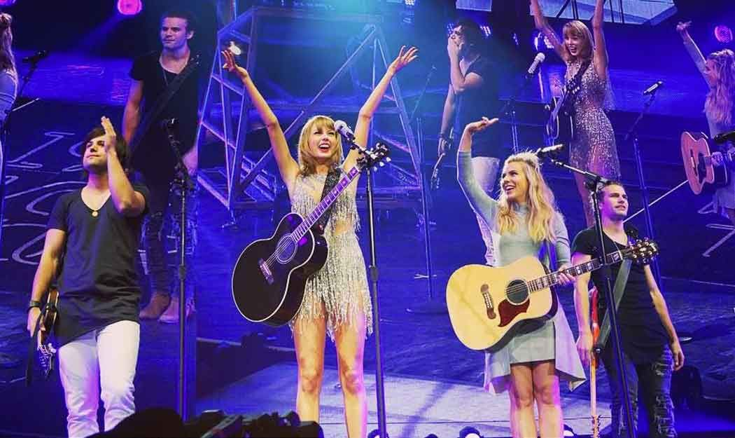 Taylor Swift and The Band Perry Sing �If I Die Young�