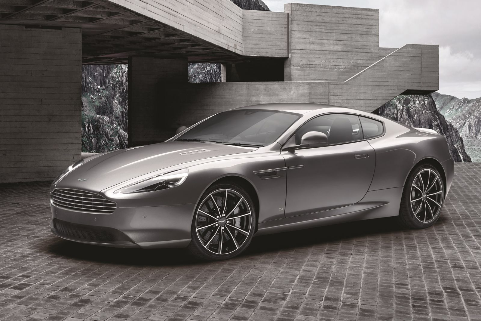Aston Martin has waved goodbye to the DB9, as the final nine units have just rolled off the assembly line.