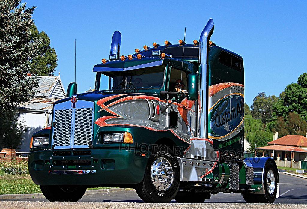 Custom Air - Kenworth T600 | horses | Trucks, Kenworth trucks, Big