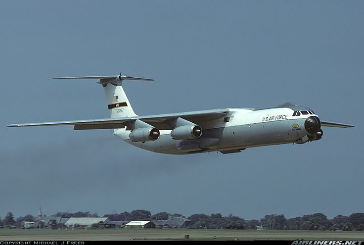 C-141 (航空機) - Lockheed C-141 Starlifter - JapaneseClass.jp