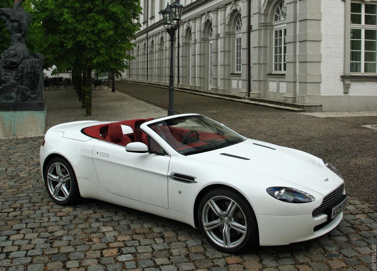 каталог 2009 Aston Martin V8 Vantage Roadster Aston Martin Aston Martin V8 Maserati Granturismo Convertible