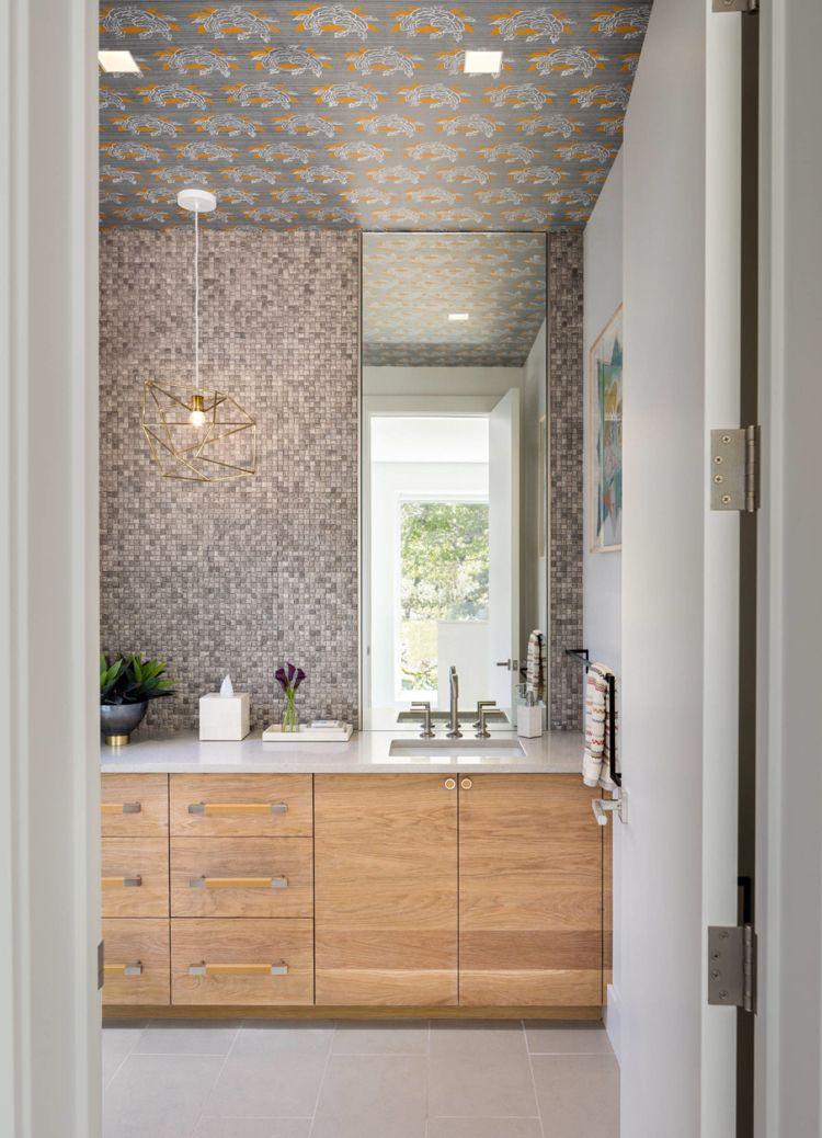 Badezimmer Grau Mosaik Fliesen Badezimmerschranke Holz