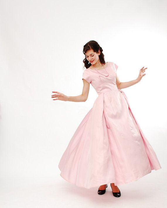 Clearance - Vintage 1960s Prom Dress - 60s Bridesmaid Dress - Ballet Pink #dressesfromthesouthernbelleera