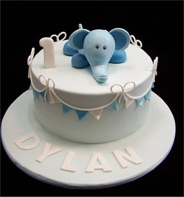 Cute baby elephant cake for a oneyearold First Birthday Cake