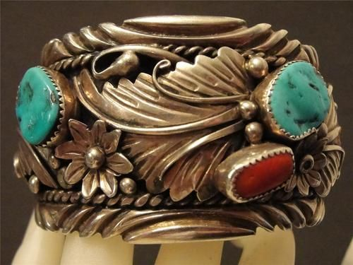 NAVAJO STERLING MEDITERRANEAN RED CORAL & TURQUOISE FOLIATE CUFF BRACELET
