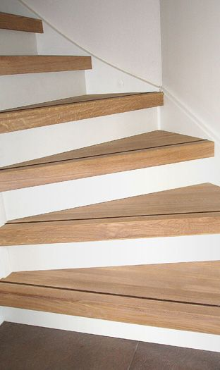 Open trap dicht maken traprenovatie open dicht trappen trap schilderen pinterest open - Renovatie houten trap ...