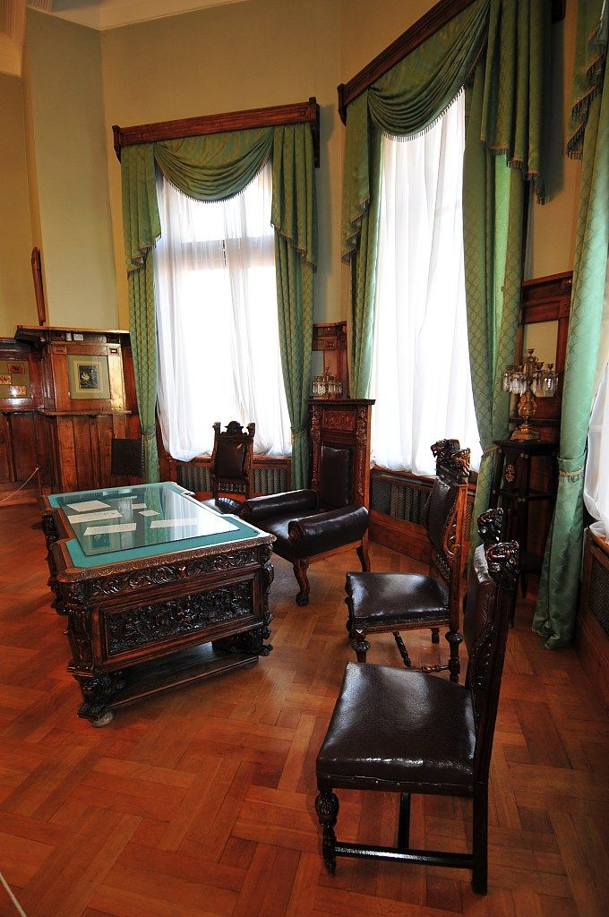 The Tsar 's Working Study, Livadia Palace.