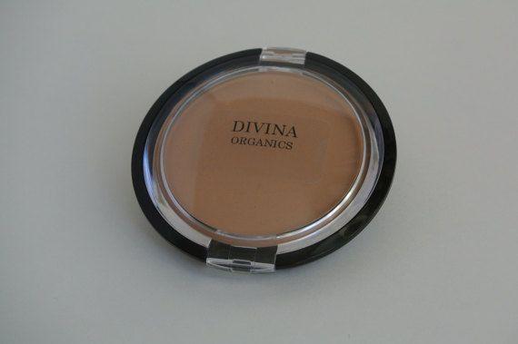 Cream to Powder Foundation, in 5 shades, with Vitamin E and Jojoba oil, Acne…