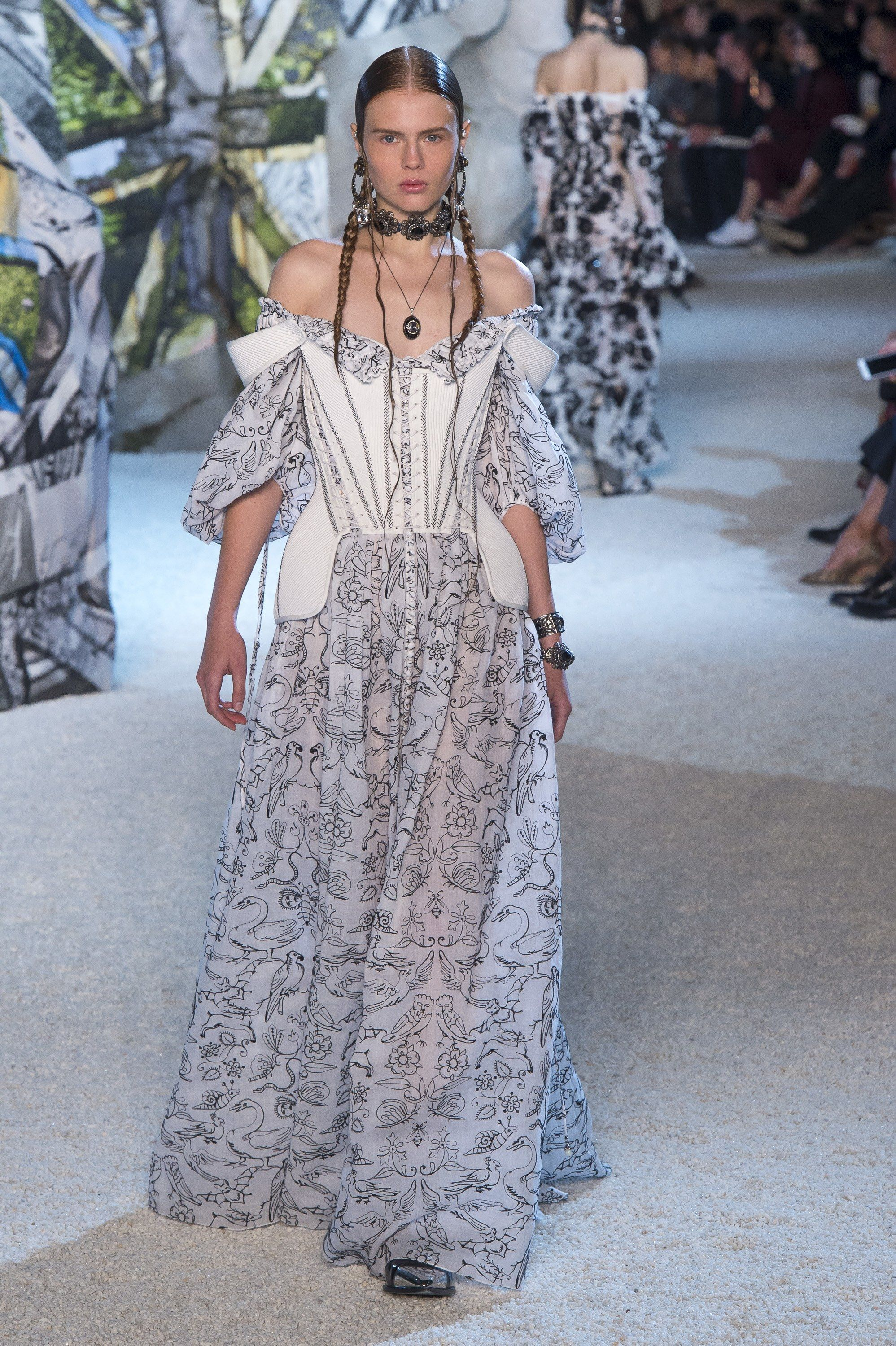 picture McQ by Alexander McQueen SpringSummer 2019 Collection – New York Fashion Week