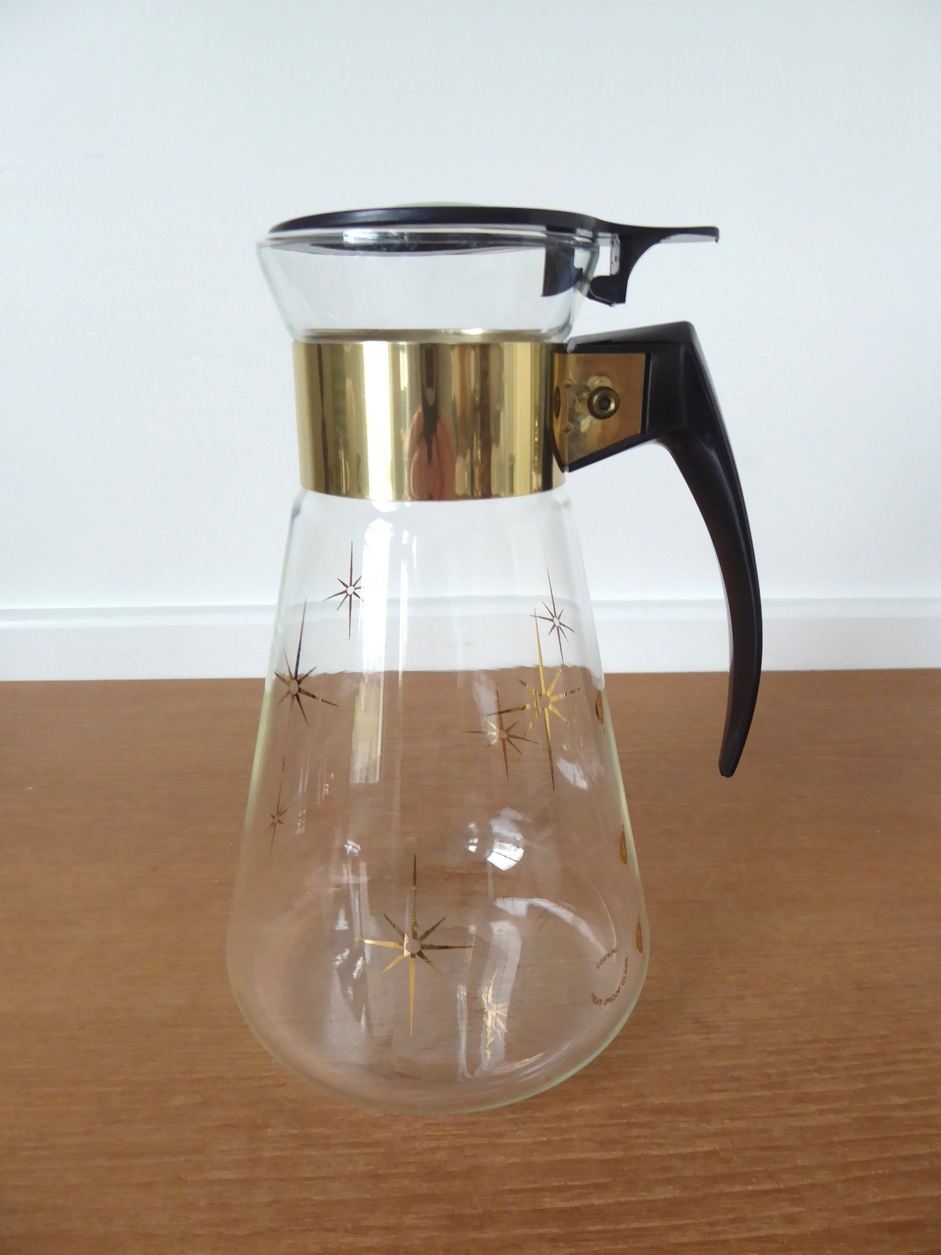 Atomic age Corning heatproof glass coffee carafe in