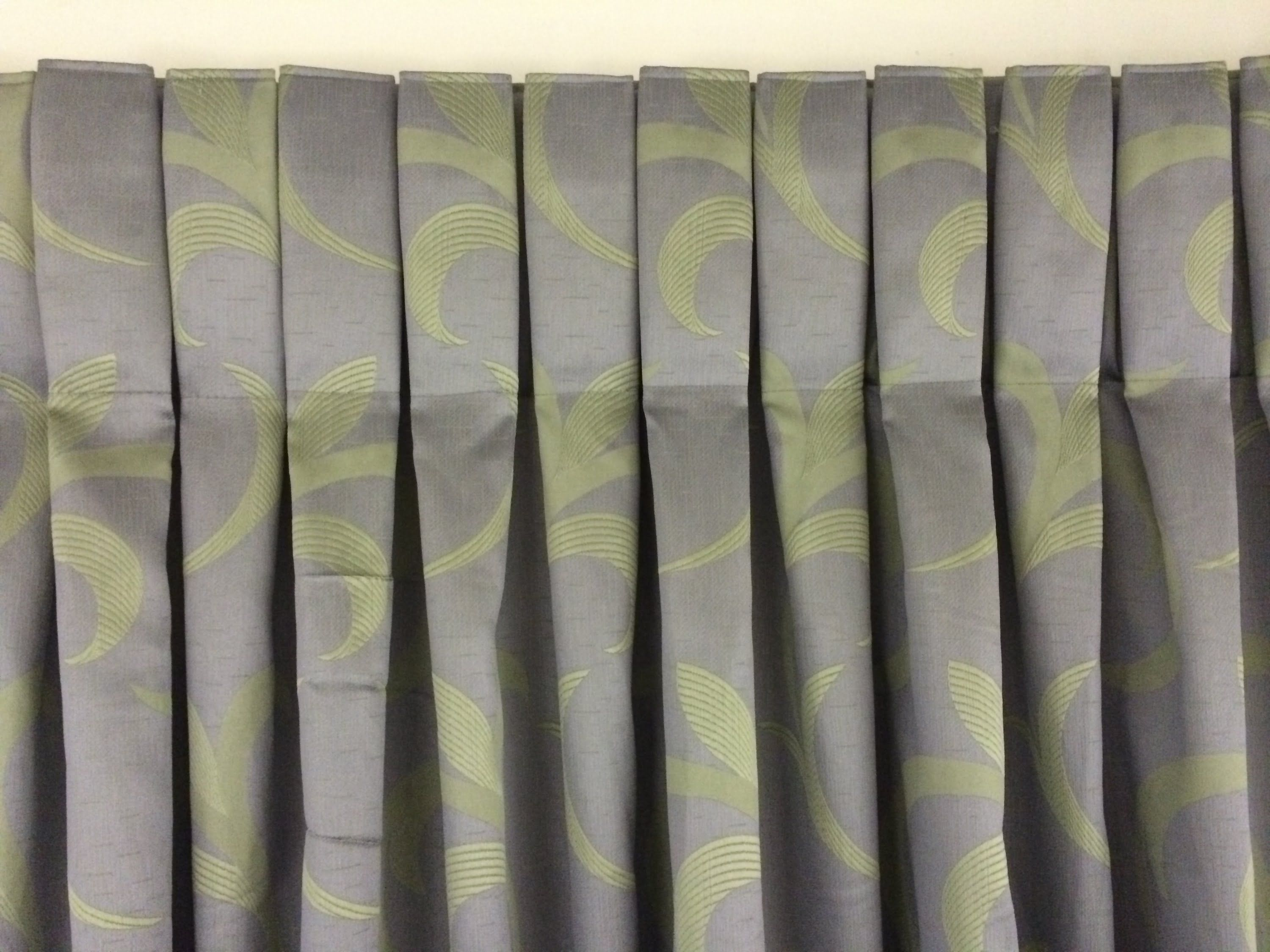 Make 10 different styles of curtains using 1 tape and 1 hook. New curtain system by Eezy Pleat allows you to make perfectly uniform curtains in a fraction of...