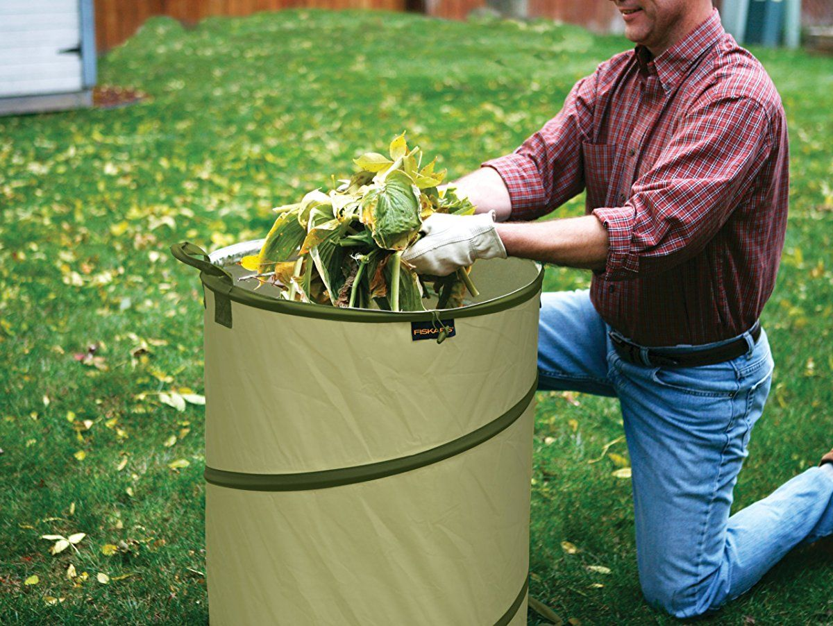 7bdcfdf901397d5f1cc57da906845a11 - Fiskars 30 Gallon Kangaroo Gardening Bag