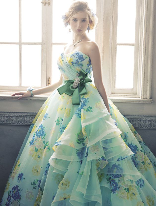 Pin von Katrina Ragozy auf Dresses | Pinterest | Mode-Illustrationen ...