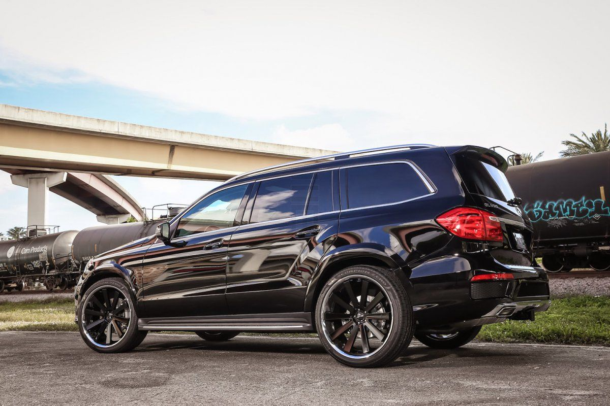 Mercedes benz gl550 rolling on a set of vellano vtv 24 concave mercedes benz gl550 rolling on a set of vellano vtv 24 concave pinterest concave